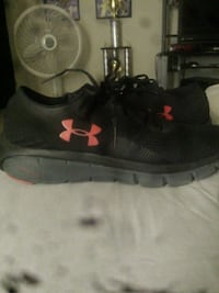 pair of black Under Armour basketball shoes Fort Worth, 76140