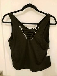 black V-neck sleeveless top Montreal, H4G 2C5