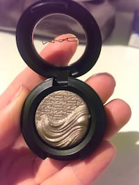MAC Extra Dimension Eyeshadow Toronto, M6M 1X2