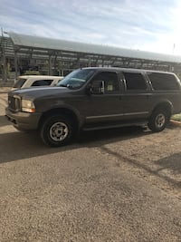 Ford - Excursion - 2004 Airdrie, T4B 3G2