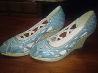 Blue Grey Snakeskin Shoes Size 8 Church Point