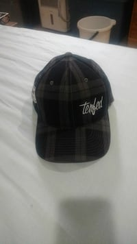 New 10fed baseball hat Toronto, M6N 4P4