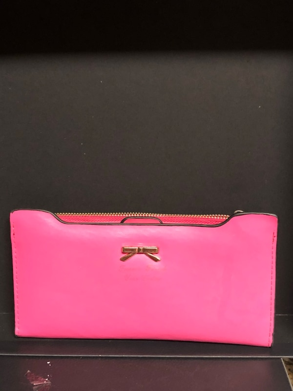 69a23bb6eba8 Used Forever friend your choice wallet for sale in Dallas - letgo