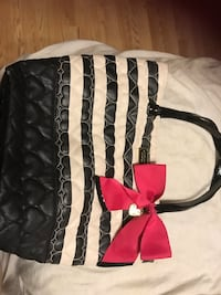 black and white leather tote bag Owasso, 74055