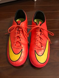 Mercurial indoor soccer shoes Mississauga, L4Z 1C9