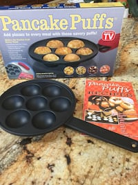 New pancake puff pan with recipe book Poughquag, 12570