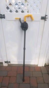 Hand pump. Never used Dundalk, 21222