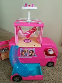 pink and blue plastic Barbie car Central Point, 97502