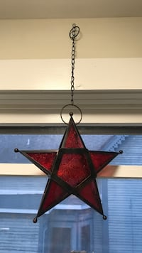 Decorative star with tea light holder