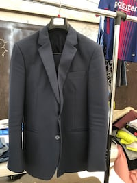 Suit in great condition (jacket and pants) Los Angeles, 91331