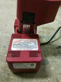 Milwaukee 12v battery and power charger