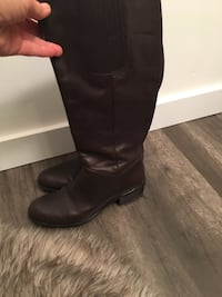 Pair of brown leather knee-high boots size 7 Oakville, L6M