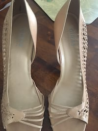 Pair of white leather peep-toe heeled shoes Wilson, 27896