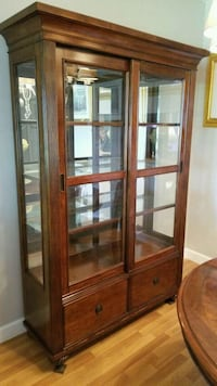 Cherry Finish 3 Shelf Siliding Door China Cabinet Fort Lauderdale, 33315