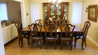 brown wooden dining table set Richmond Hill, L4C 0R7