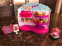 Shopkins Cupcake Queen Cafe Mississauga, L5W 0A6