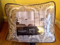 Luxury Tahari Queen Comforter set 21 km