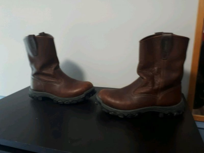 Leather bootssize 10 277ce32d-2498-46a2-9144-68f83737c09b