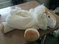 Lion like new Stuffie ~ lots of toy hideaways Clay, 13041