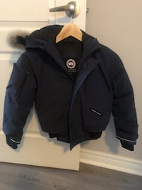 Kids Canada Goose Bomber size S (7-8) Vaughan, L6A 4M2