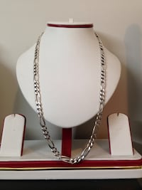 Like new 925 diamond cut necklace silver , steal deal (read description)