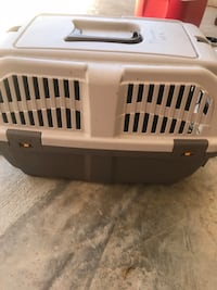 white and gray pet carrier Alabaster, 35007