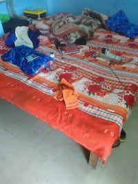 Set of 3 beds with mattress