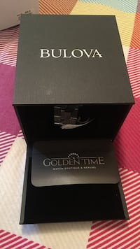 Silver-colored bulova watch with link bracelet with box Windsor, N9E 4M8