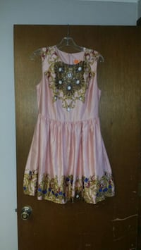 women's pink and blue floral sleeveless dress Omaha, 68111