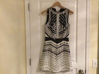 Beautiful cocktail dress, Small. Used only once. Sherwood Park, T8H 0L9