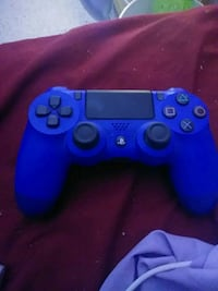PlayStation 4 controller it works perfectly fine  Holiday, 34691