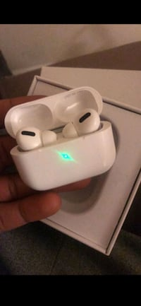 Apple airpods *new generation