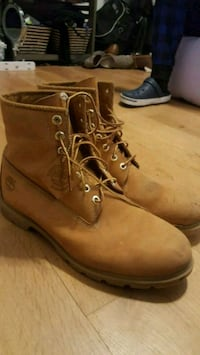 Timberland Boots (13M)