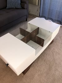 Brand new coffee table   Quincy, 02169