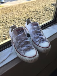 White converse size Chuck Taylor's