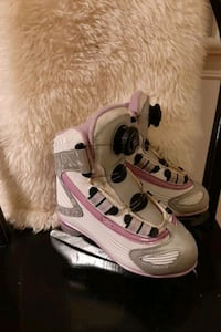 Reebok recreational skates fir girl $25 Ottawa, K1K 4W5