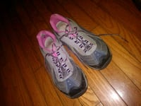 pair of gray-and-pink Nike running shoes Jonesborough, 37659