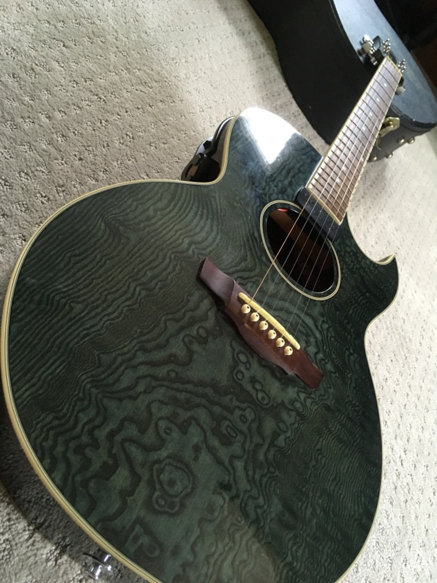 used acoustic electric ibanez guitar in great condition beautiful wood grain i also have a. Black Bedroom Furniture Sets. Home Design Ideas