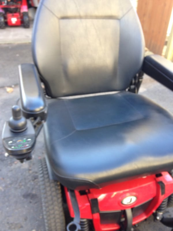 Jazzy Electric Chair 6336d69d-4695-416f-9155-3034ab5228e9