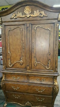 Formal Armoire  Fort Worth, 76119