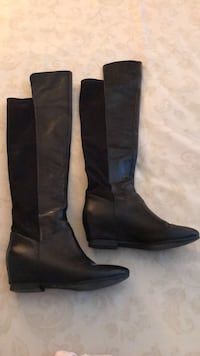 Black Nine West leather boots size 5.  New. Burnaby, V5A