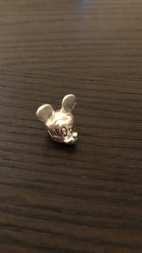 Silver mickey mouse pandora charm Streamwood, 60107
