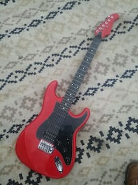 Red strat style profile guitar Mississauga, L5B 2G2
