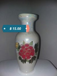 white and red floral ceramic vase Lakewood, 98499