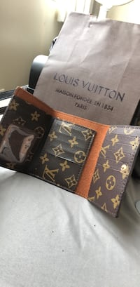 black and brown Louis Vuitton leather wallet Vancouver, V6P 2X2