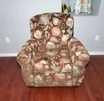 La-Z-Boy Brown & Floral Polyester Studded Armchair Push-Back Recliner