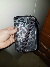 black and gray leather wallet New Baltimore, 48047