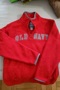 Old navy fleece sweater size 6-7