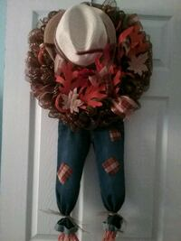 Scarecrow wreath Middle River, 21220