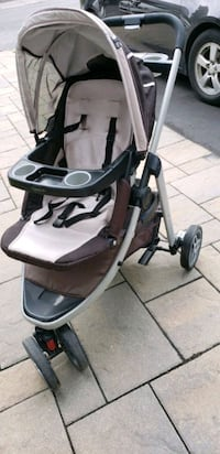 Baby stroller - Graco Laval, H7T 1W8